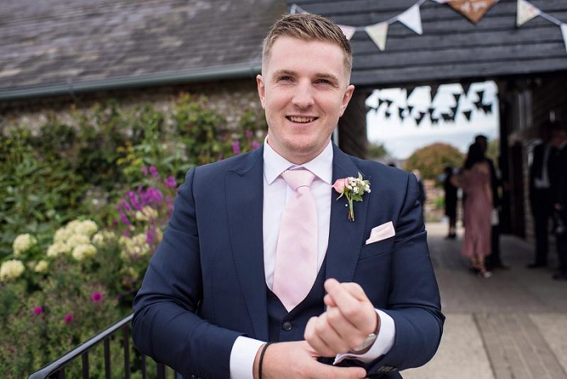 upwaltham barns wedding 009