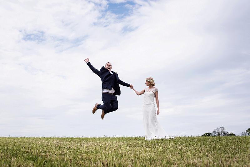 bartholomew barn wedding photographer, west sussex wedding photographer, sussex wedding photographer, barn wedding photographer